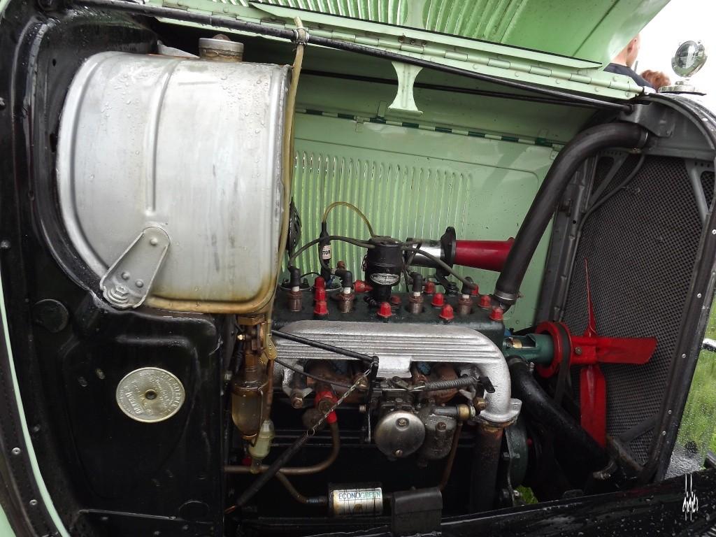 Photos 2ème rassemblement de voitures anciennes - Willeman - Page 2 Dscf1619