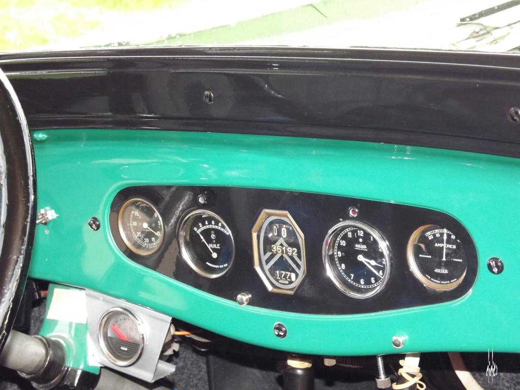 Photos 2ème rassemblement de voitures anciennes - Willeman - Page 2 Dscf1620
