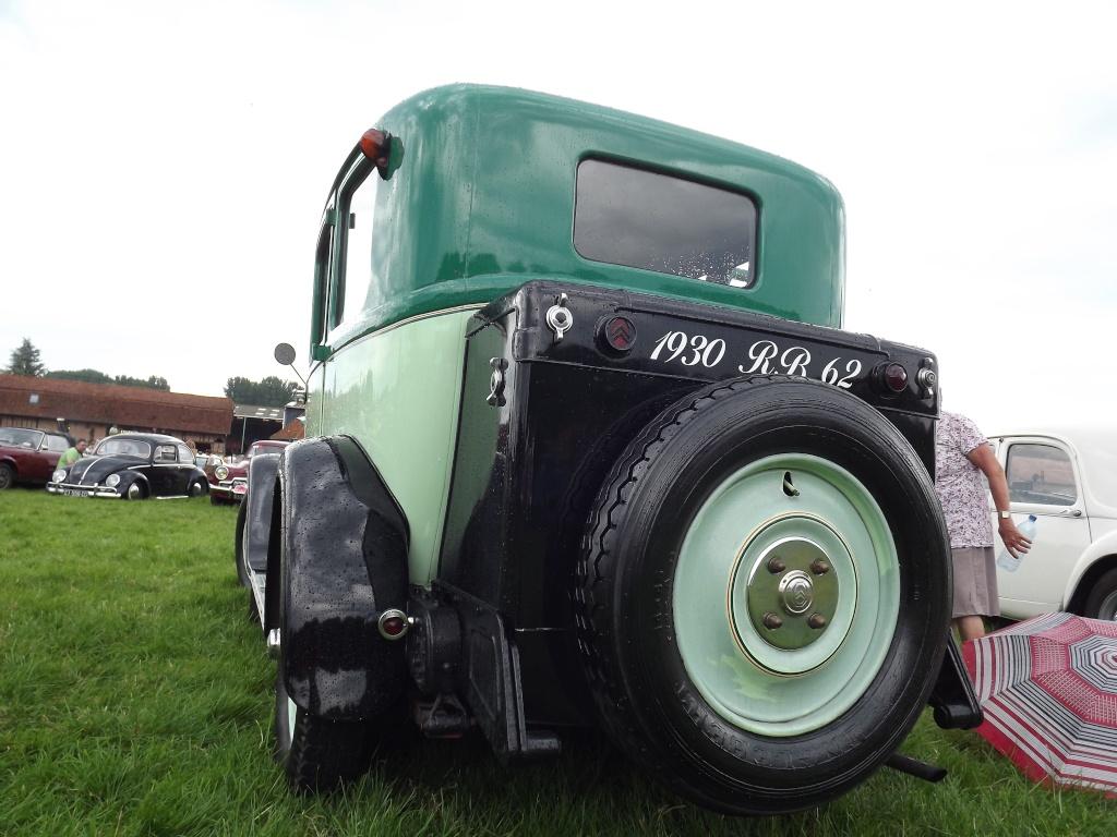 Photos 2ème rassemblement de voitures anciennes - Willeman - Page 2 Dscf1621