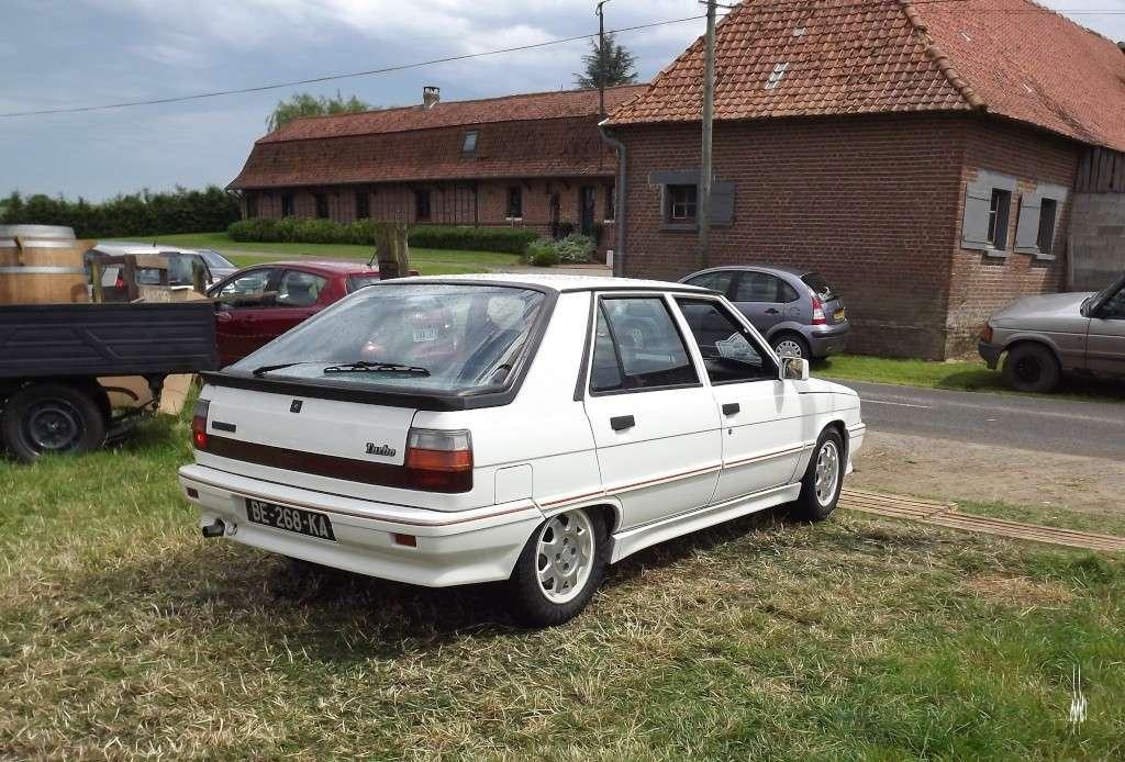 Photos 2ème rassemblement de voitures anciennes - Willeman - Page 2 Dscf1718