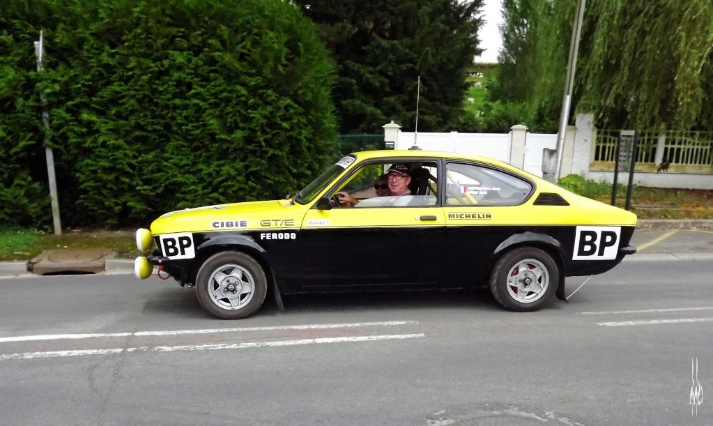 Photos rassemblement de voitures anciennes - Pernois (80) Dscf2813