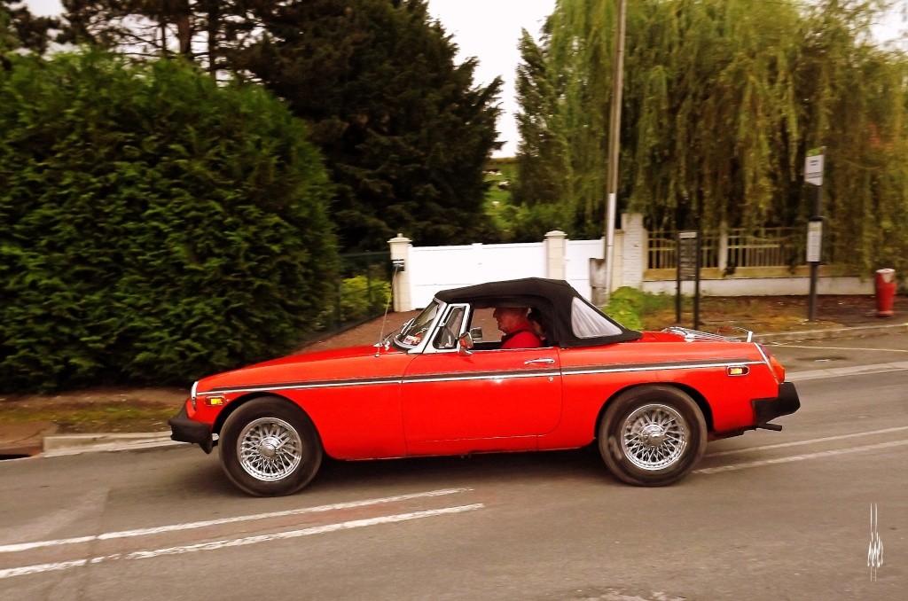 Photos rassemblement de voitures anciennes - Pernois (80) Dscf2814