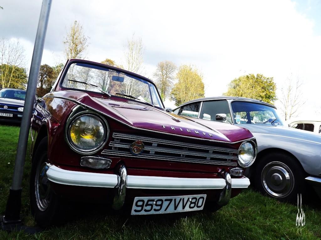 Photos rassemblement voitures anciennes - Doullens (80) Dscf5112