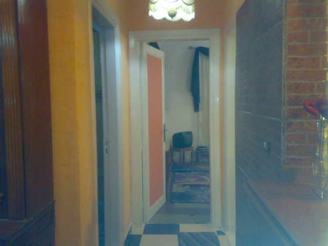 شقة سوبر لوكس للإيجار مفروش مكيفة غرفتين وصالة المجموعة السابعة الدور الإول - المعمورة الشاطيء  Uuuuuu47
