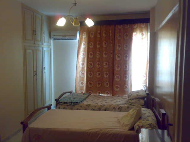 فررررررصة  شقة لوكس مكيفة فى الدور السادس ثلاثة غرف وصالة تطل علي البحرو ميدان لاباس- المعمورة الشاطيء Uuuuuu83
