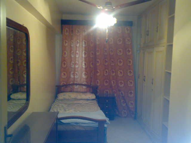 فررررررصة  شقة لوكس مكيفة فى الدور السادس ثلاثة غرف وصالة تطل علي البحرو ميدان لاباس- المعمورة الشاطيء Uuuuuu84