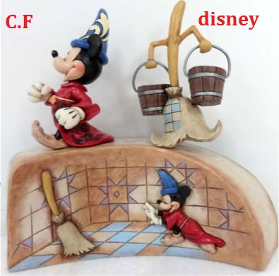 Disney Traditions by Jim Shore - Enesco (depuis 2006) - Page 38 Fct_ab10