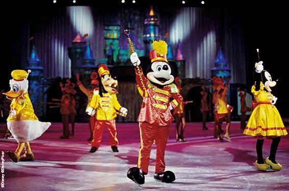 Disney sur Glace  - Page 4 10368210