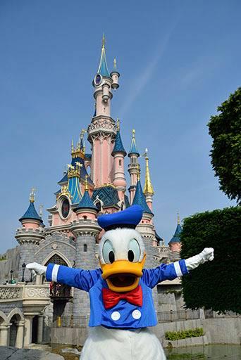 Photos publiées sur Facebook par Disneyland® Paris 10435810