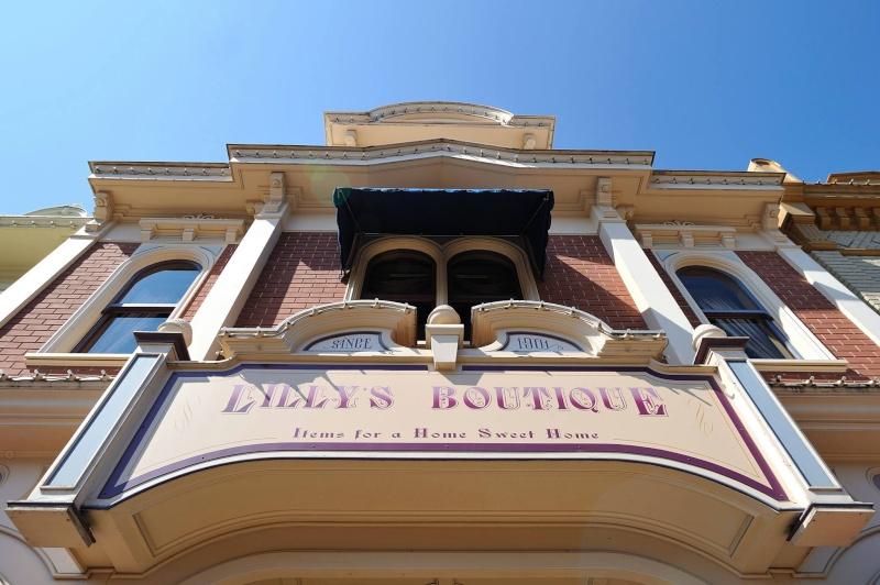 Photos publiées sur Facebook par Disneyland® Paris 10453010