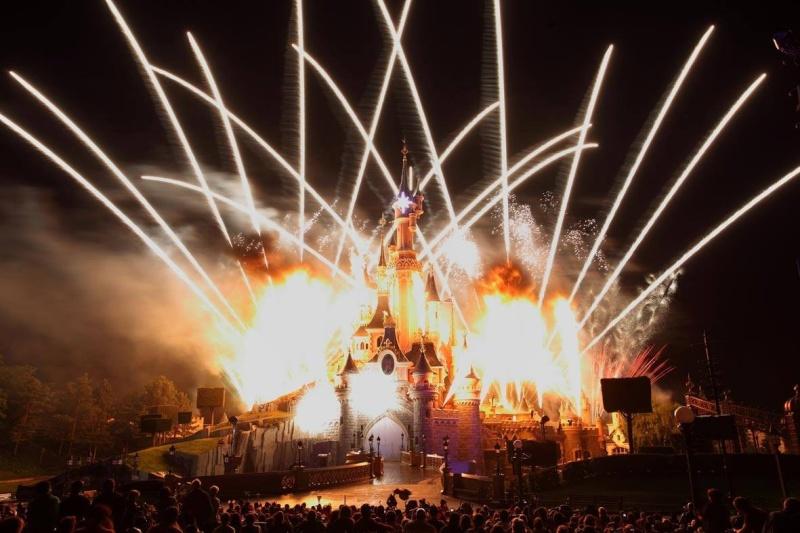 Photos publiées sur Facebook par Disneyland® Paris 10470811