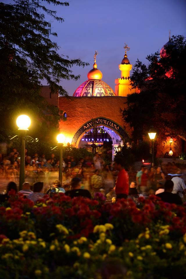 Photos publiées sur Facebook par Disneyland® Paris 10481910