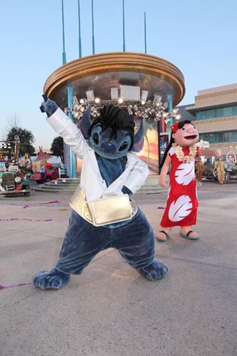 Photos publiées sur Facebook par Disneyland® Paris 10487210