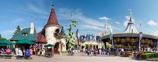 Photos publiées sur Facebook par Disneyland® Paris 10487410
