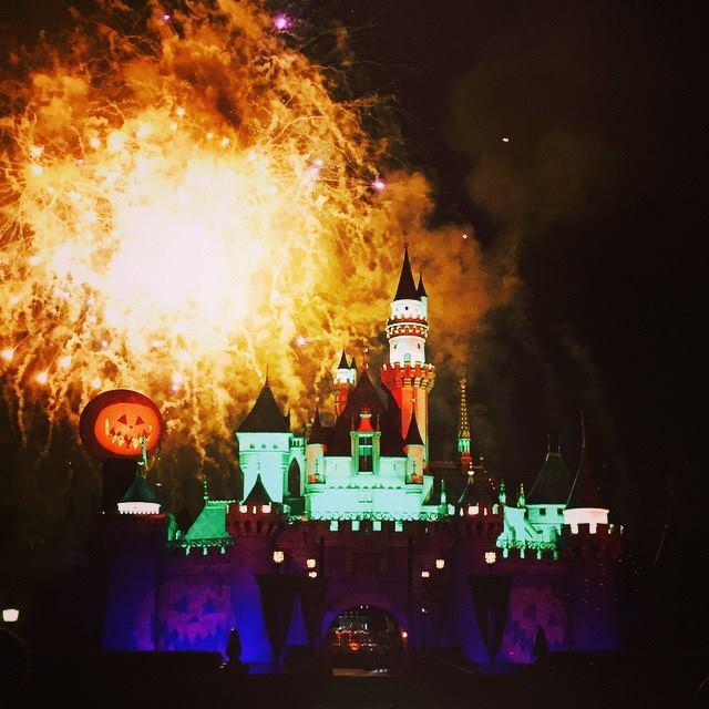 Les Kardashian à Disneyland Californie pour fêter Halloween en famille  10505311