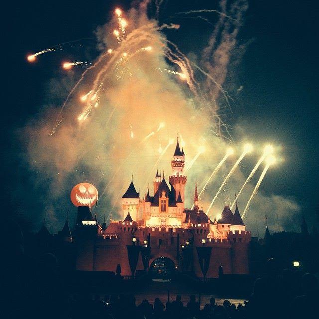 Les Kardashian à Disneyland Californie pour fêter Halloween en famille  10525712