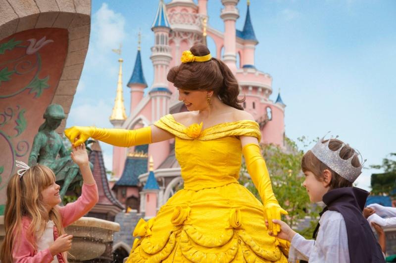 Photos publiées sur Facebook par Disneyland® Paris 10540510