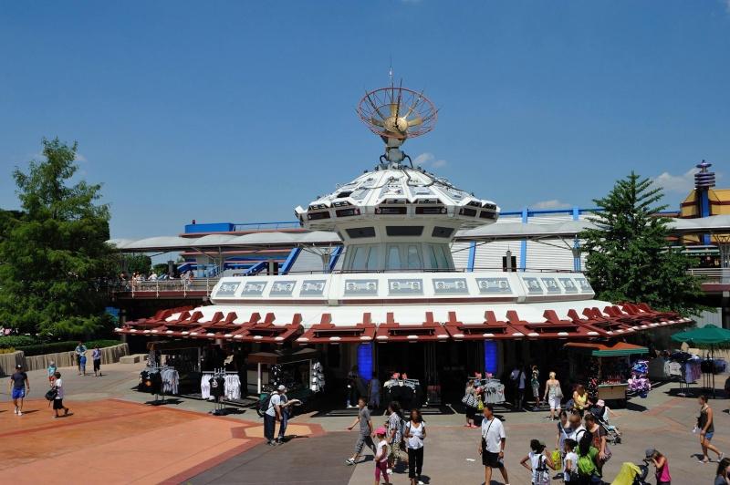 Photos publiées sur Facebook par Disneyland® Paris 10548210