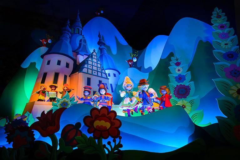 Photos publiées sur Facebook par Disneyland® Paris 10552510