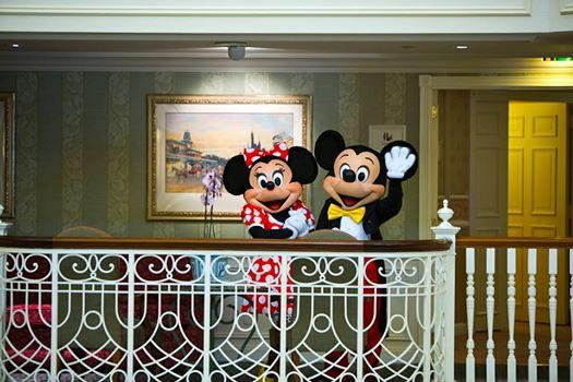 Photos publiées sur Facebook par Disneyland® Paris 10557310