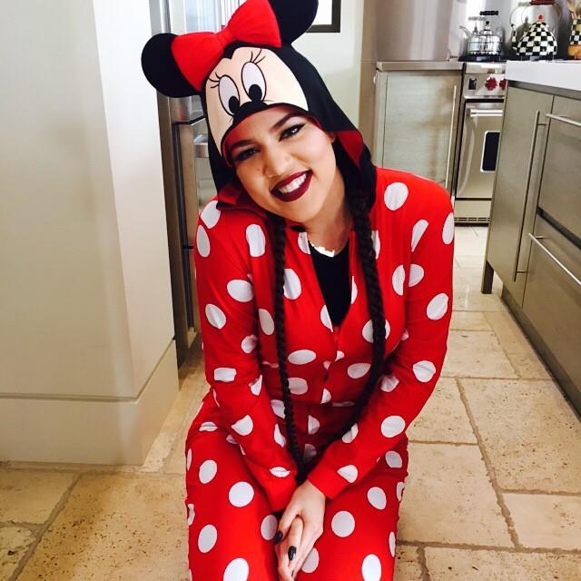 Les Kardashian à Disneyland Californie pour fêter Halloween en famille  10561510