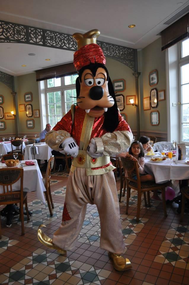 Disneyland Hôtel - Page 4 10614211