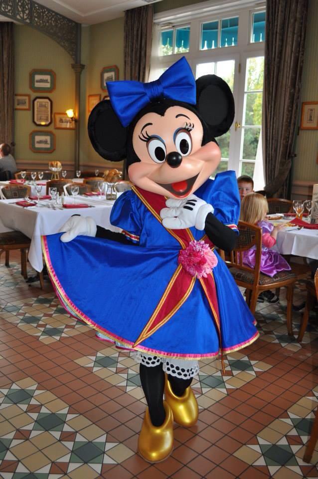 Disneyland Hôtel - Page 5 10676210