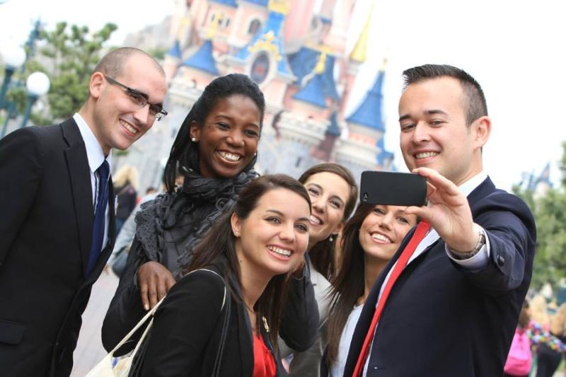 Ambassadeur Disneyland Paris 2015 - 2016  - Page 2 14789310