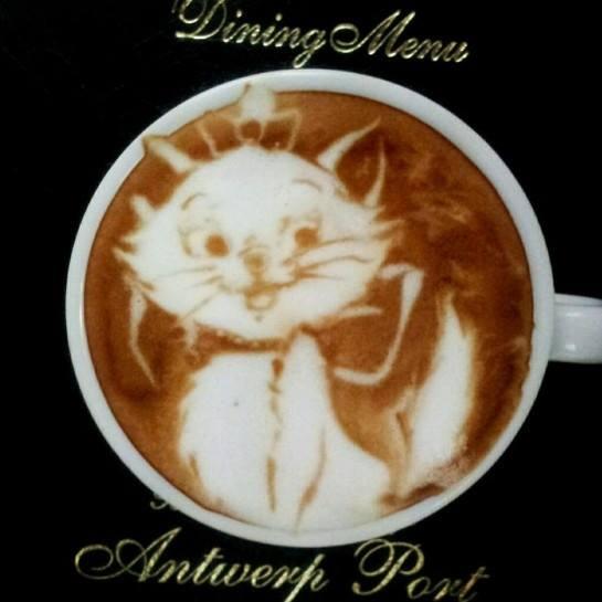 Latte Art Disney  2013