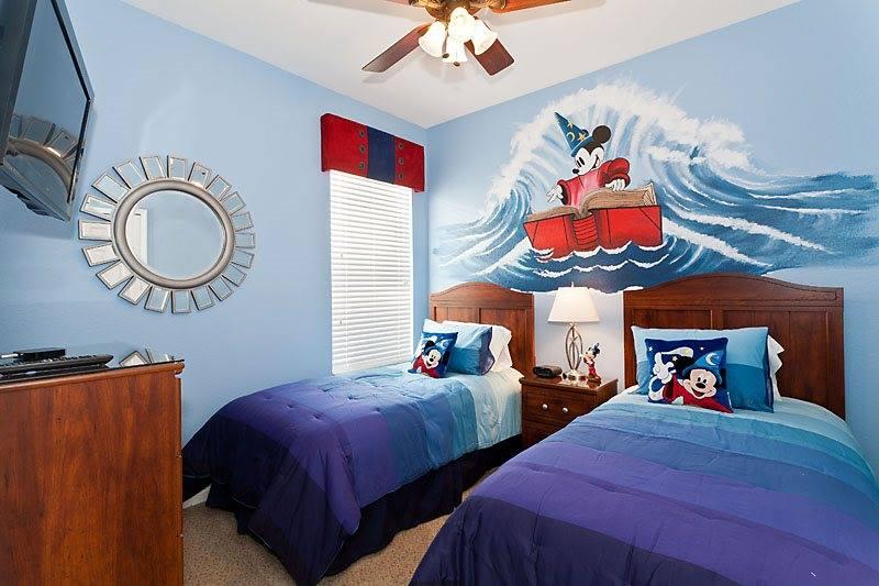 Idée déco chambre Disney 3311