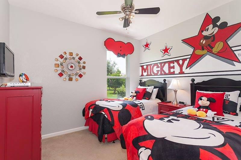 Idée déco chambre Disney 3710