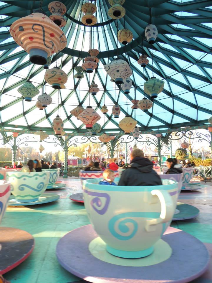 Mad Hatter's Tea Cups / Les tasses d'Alice - Page 4 451