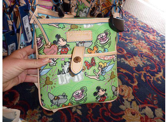 Disney Dooney & Bourke - maroquinerie 529
