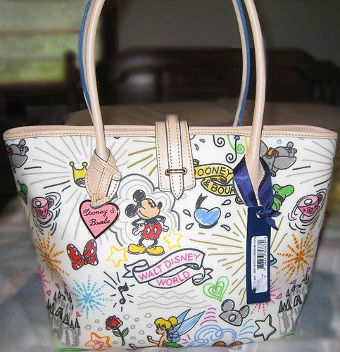 Disney Dooney & Bourke - maroquinerie Db110