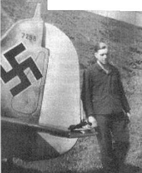 Focke-Wulf Fw-190A-5 + BMW-327 Pips Priller 13629911