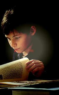 Jared S. Gilmore # 024 avatars 200X320 pixels Once_h10