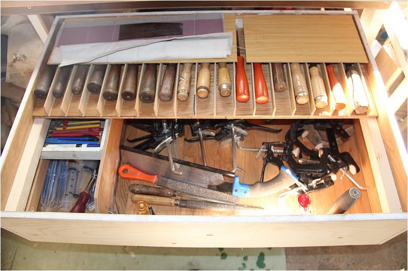 Aménagements atelier - 1 - Plan de travail sous la fenêtre. Img_9018