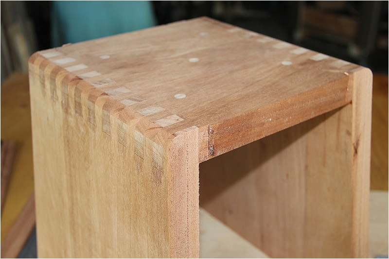 [Fabrication] Deux tabourets Img_9323