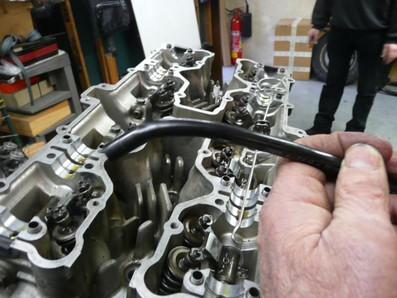sortir vis tombée dans le cylindre 2012 P1090919