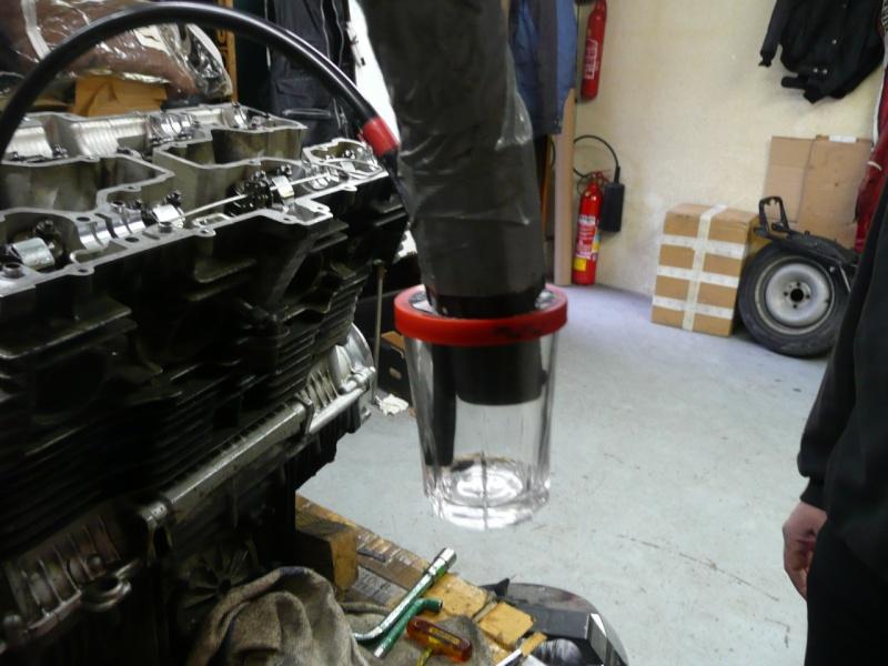 sortir vis tombée dans le cylindre 2012 P1090922