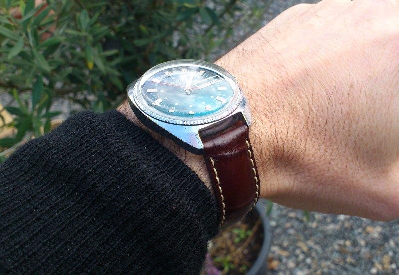 Slava vintage mouvement 2414 Dsc_0112