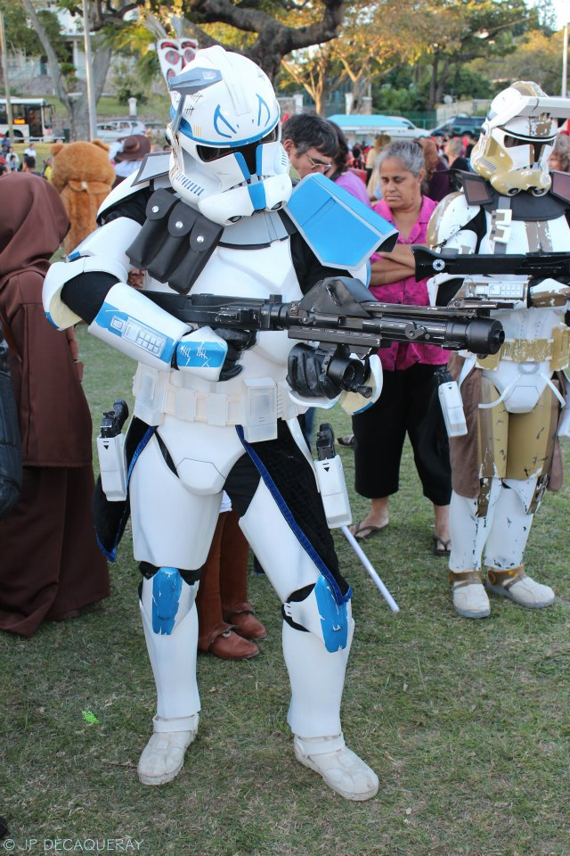 """""""Aayla Secura"""" et """"Commander Bly"""", le cosplay. - Page 2 0046-210"""