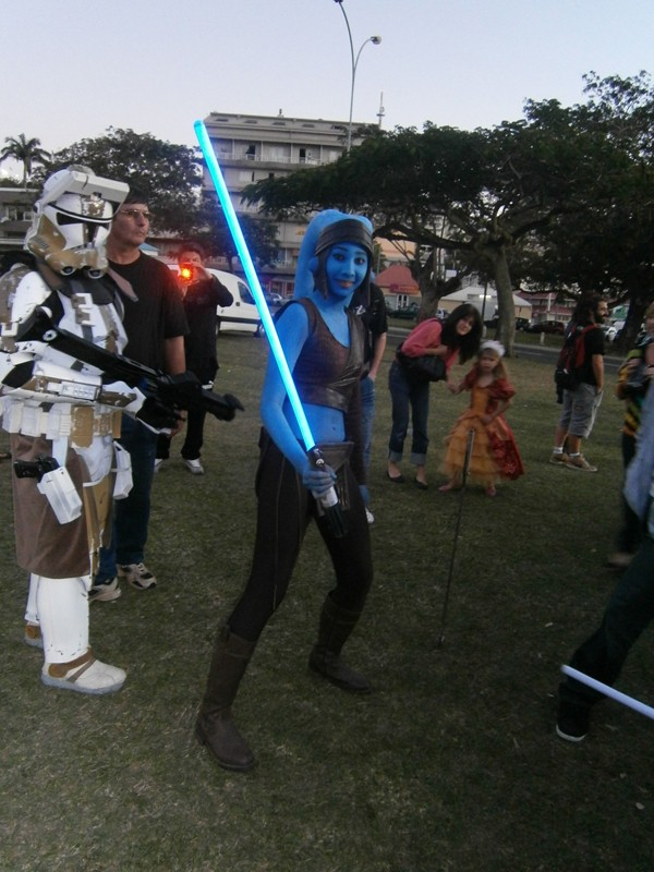 """""""Aayla Secura"""" et """"Commander Bly"""", le cosplay. - Page 2 008310"""