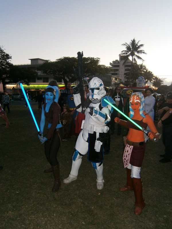 """""""Aayla Secura"""" et """"Commander Bly"""", le cosplay. - Page 2 008510"""