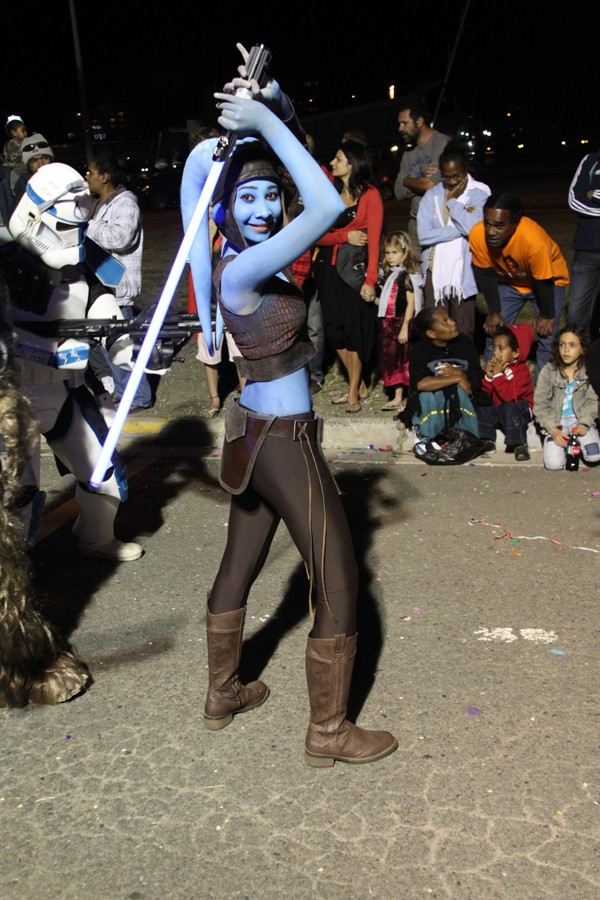 """""""Aayla Secura"""" et """"Commander Bly"""", le cosplay. - Page 2 Img_3810"""