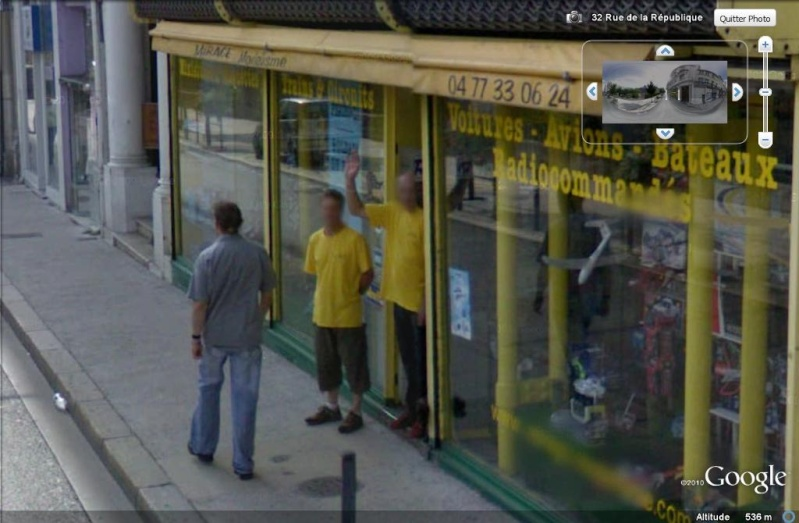 STREET VIEW : un coucou à la Google car  - Page 7 Coucou11