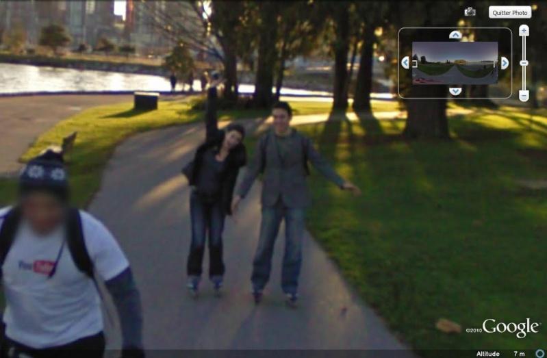 STREET VIEW : un coucou à la Google car  - Page 7 Coucou12