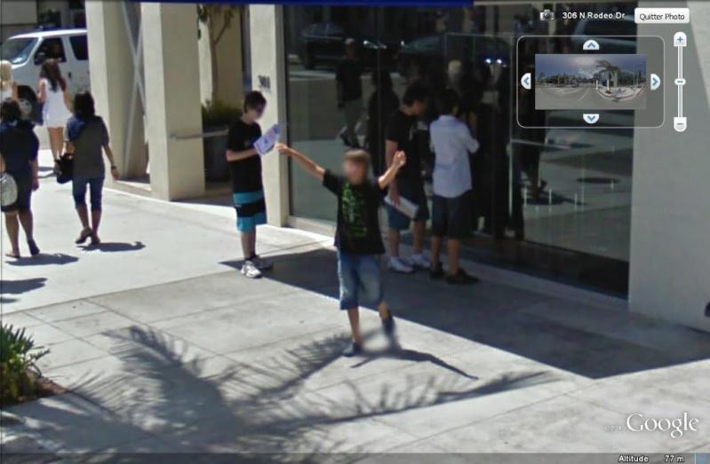 STREET VIEW : un coucou à la Google car  - Page 7 Coucou18