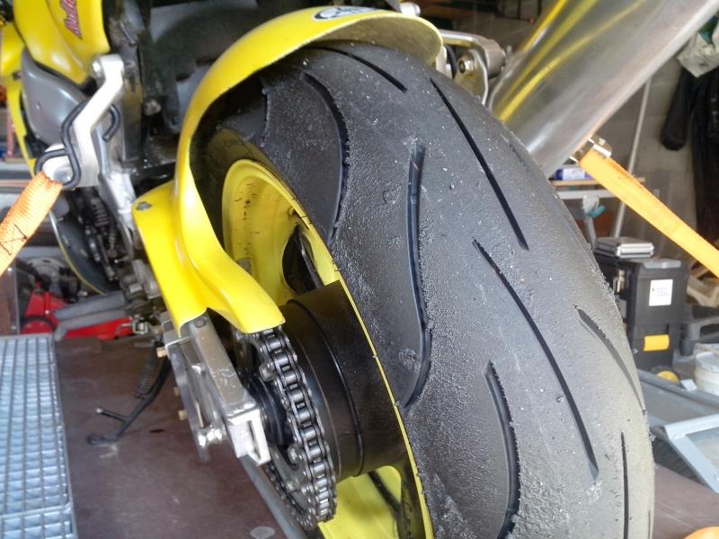 (sondage) choix pneu - Page 2 Dsc_2110