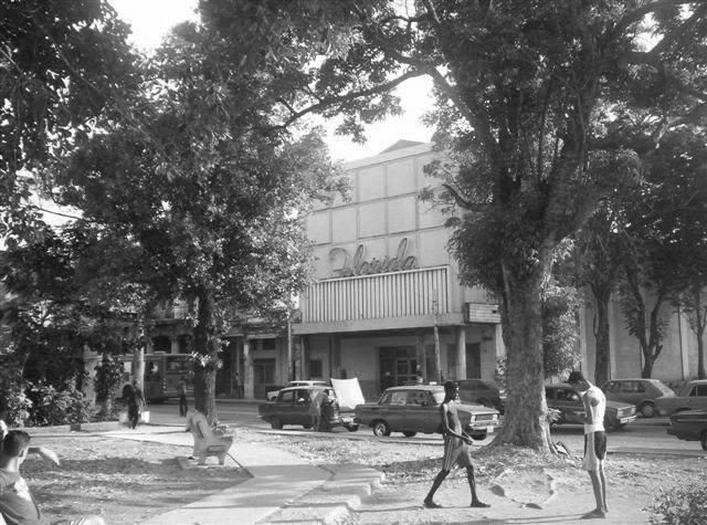 CINES QUE HABIAN EN LA HABANA EL 31 DE DICIEMBRE DE 1958 C_flor11